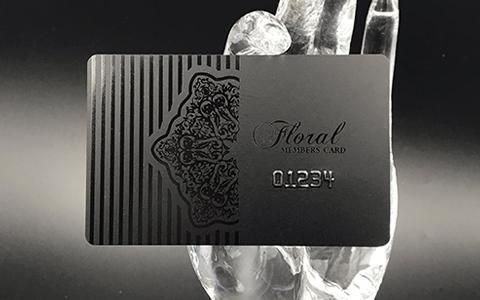 0.8ブラックカード表写真